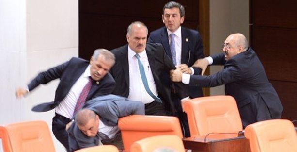 AKP ile MHP'li vekiller arasında 'sahtekar' kavgası