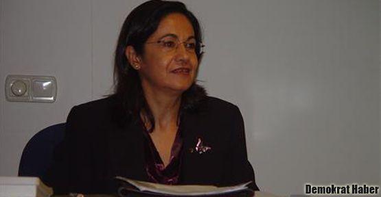 'AKP kadın düşmanlığı yapıyor'