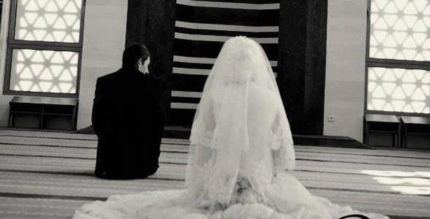 AKP Kadın Kolları: Resmi nikah camide kıyılsın!