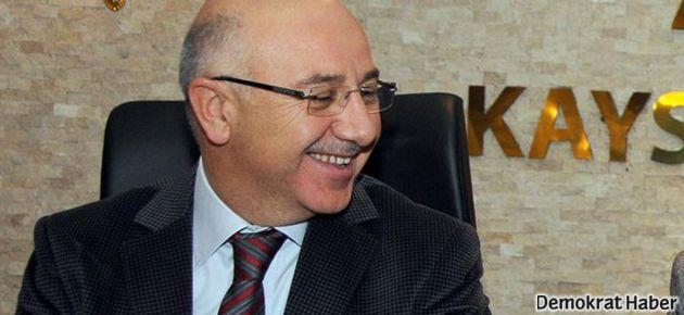 Seçim günü AKP'de şok istifa