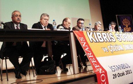 """""""AKP, Kıbrıs sorununu koz olarak kullanmaktan vazgeçmeli"""""""