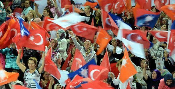 AKP kongresinde 12 yayın kuruluşuna akreditasyon engeli