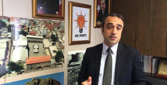 AKP'li vekil: İzmirli gençlerin özgürlükten anladığı açık giyinmek ve kafa çekmek