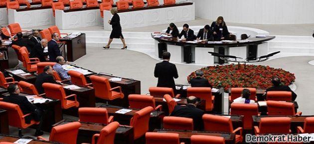 AKP 'yüzde 3 seçim barajı'na karşı