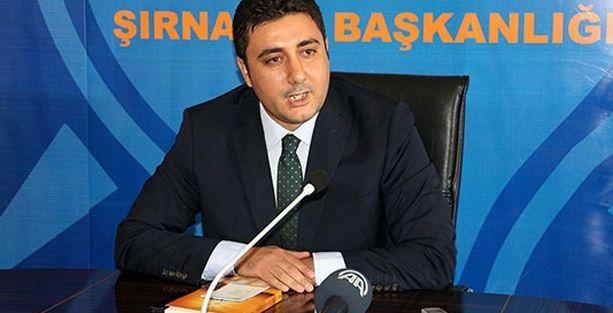 AKP'li başkan elinde Gülen kitabıyla istifa etti