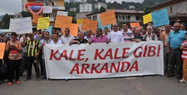 AKP'li başkanla 'HES'lere evet' eylemi