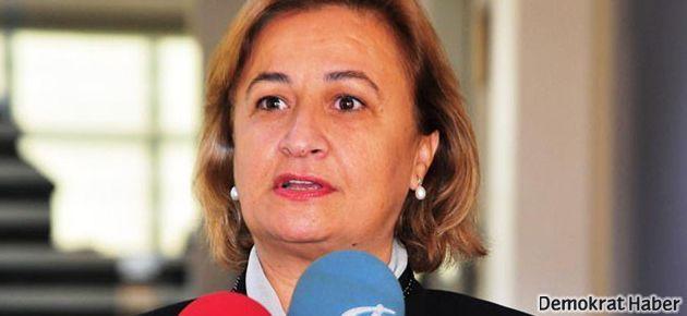 AKP'li Satır: Pantolonu yasaklayan CHP'li Tarhan'dı.