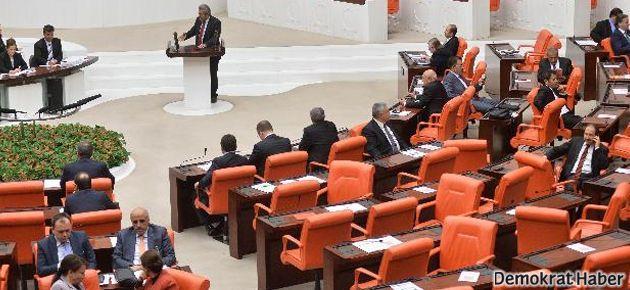 AKP'liler Genç'e sırt çevirdi