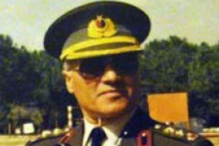 Albay Özden alnından vurulmamış