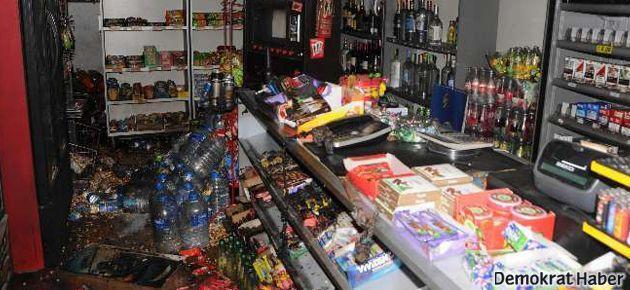Alkol yasağını Tekel Shop'unu yakarak protesto etti