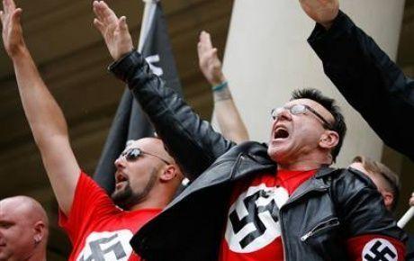 Alman solcular Nazileri fena işletti