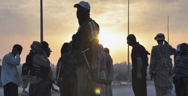 Almanya'da camiye IŞİD baskını