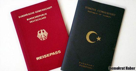 Almanya'da çifte vatandaşlık atağı