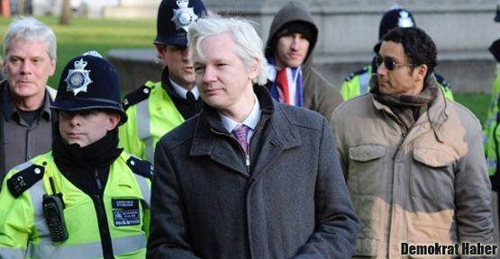 Amerika ülkeleri Assange krizi için toplanıyor