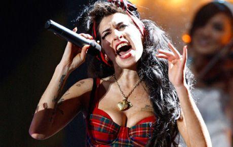 Amy Winehouse uyuşturucudan ölmemiş