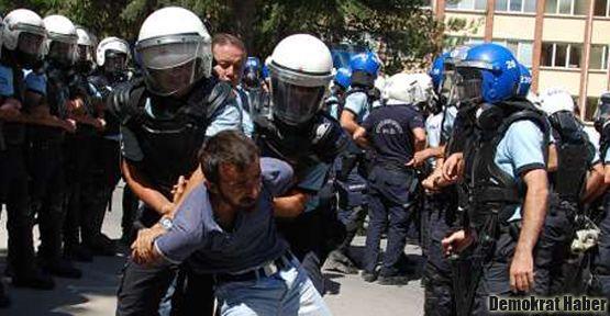 Anadolu Üniversitesi'nde polis saldırısı