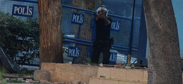 Ankara'da bir genç gerçek mermiyle vuruldu