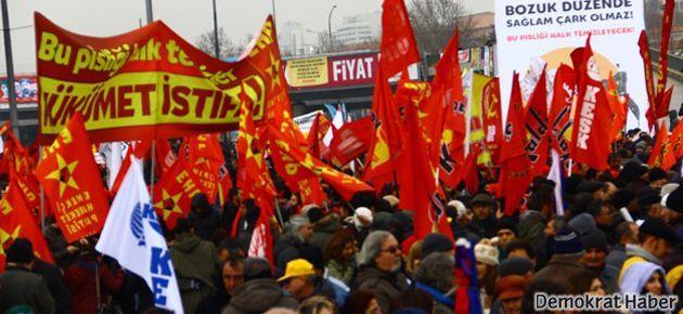 Ankara'da on binler hükümeti istifaya çağırdı