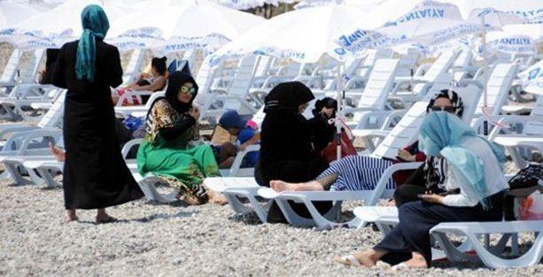 Antalya'da kadınlara özel plaj açıldı; kadınlara 'pozitif ayrımcılık' yapılmış!