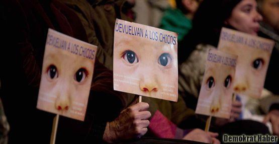 Arjantin'in cunta liderlerine yeni ceza