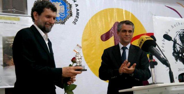 Arjen Arî Şiir Ödülü genç edebiyatçı Ömeri'ye verildi