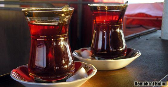 Aşırı sıcaklarda sıcak çay zararlı