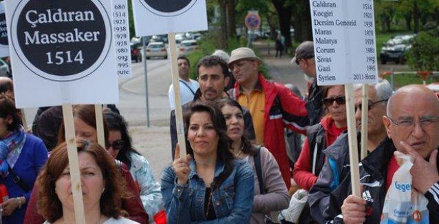 Avrupa'nın birçok ülkesinde IŞİD'in Alevi katliamları protesto edildi