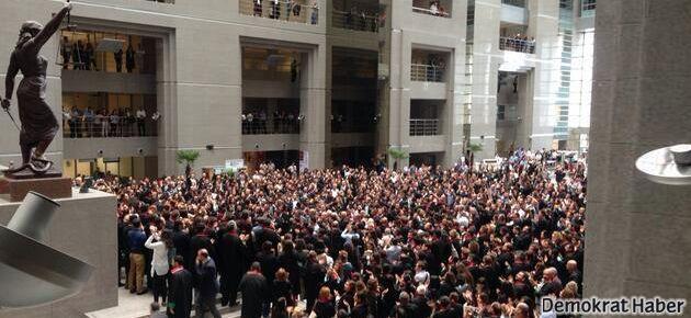 Avukatlar: Savcı baksana kaç kişiyiz saysana!