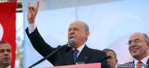 Bahçeli'den Kılıçdaroğlu'na 'bozkurt işareti' tepkisi