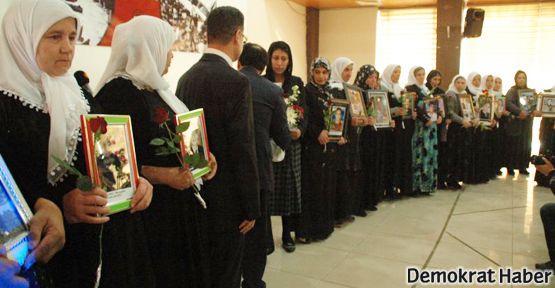 Barış, Dostluk ve Demokrasi Ödülü Roboskili annelere