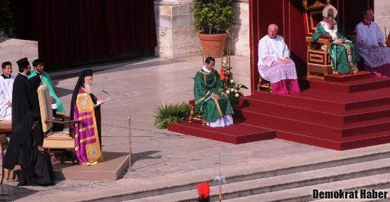 Bartholomeos: Doğu ve batı kiliseleri birleşmeli