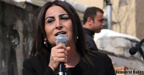'Başbakan ya Kürtlerle masaya oturacak ya da...'