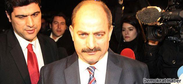 Başbakan, Zekeriya Öz'den yardım almaya çalışmış