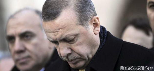 Batı basını: Erdoğan ayakta kalmaya çalışıyor