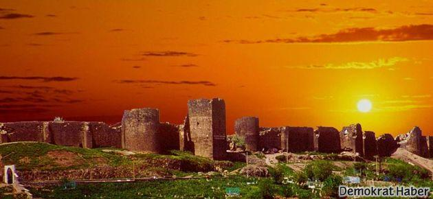 'Diyarbakır surları 15 dilde 'hoşgeldiniz' diyor'