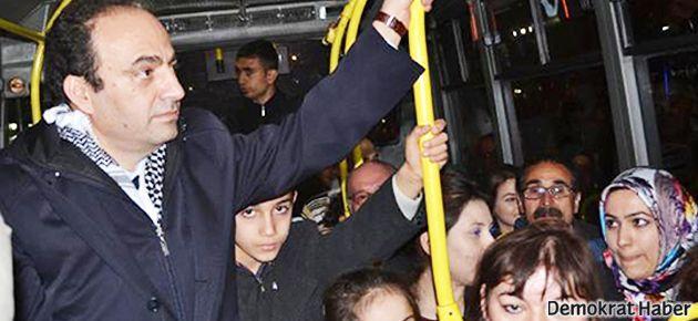 Baydemir, Urfa'ya belediye otobüsüyle girdi