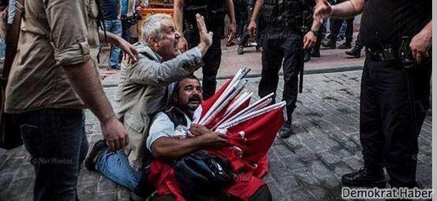 Bayrak satıcısı serbest bırakıldı