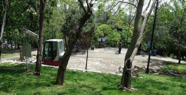 Abbasağa Parkı'nda kafe yapımına karşı nöbet