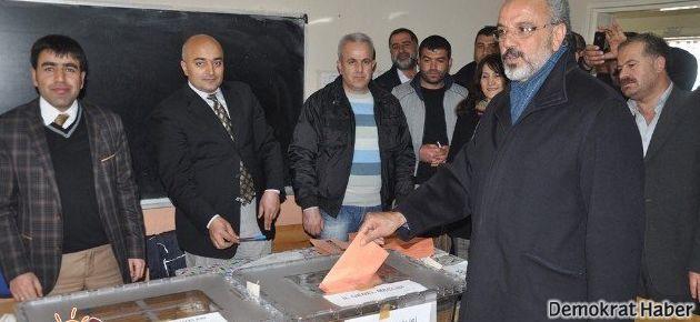 BDP Ağrı'yı Ak Parti'den aldı