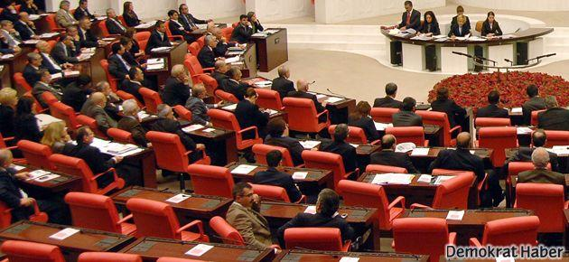 BDP Anayasa taslağını Meclis'e sundu