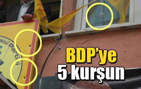 BDP İlçe Binasına 5 kurşun