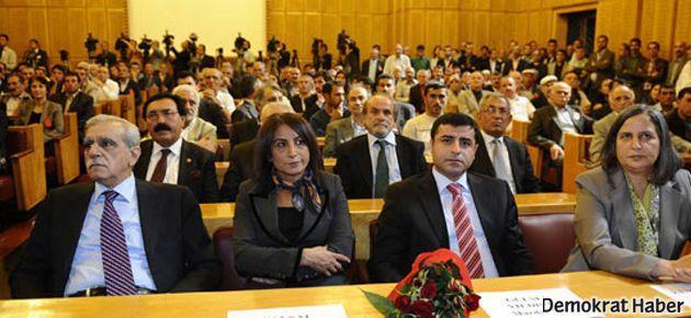 BDP'den Meclis'te 'duran adam' eylemi