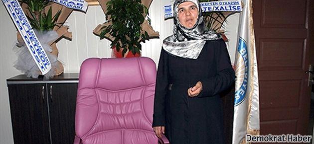 BDP'li başkan dönmeyen mor koltuğa oturdu