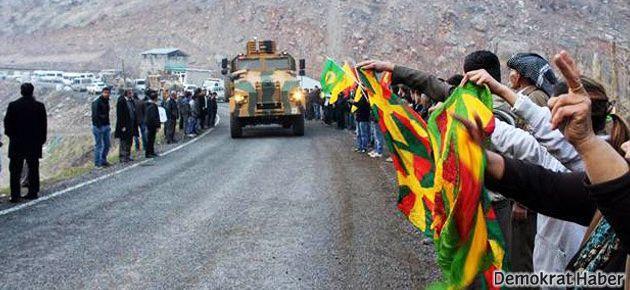 BDP'lilerden askeri konvoya: 'Biji Serok Apo!'