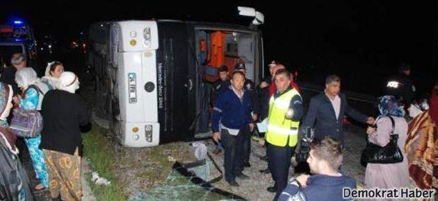 BDP'lilerin otobüsü devrildi: 34 yaralı
