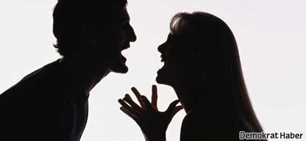 'Bekarlar evlilerden daha mutlu'