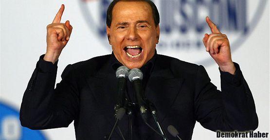 Berlusconi yeniden aday