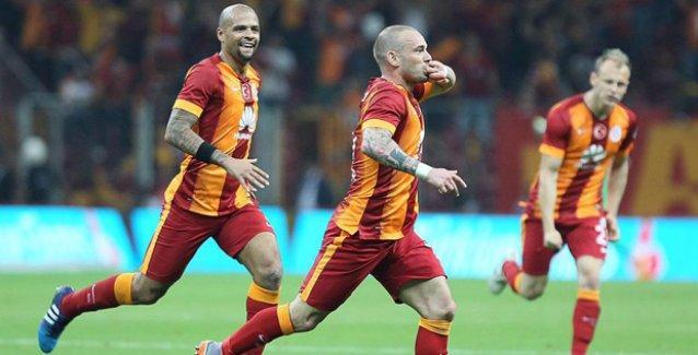 Beşiktaş'ı 2 golle geçen Galatasaray şampiyonluğa koşuyor