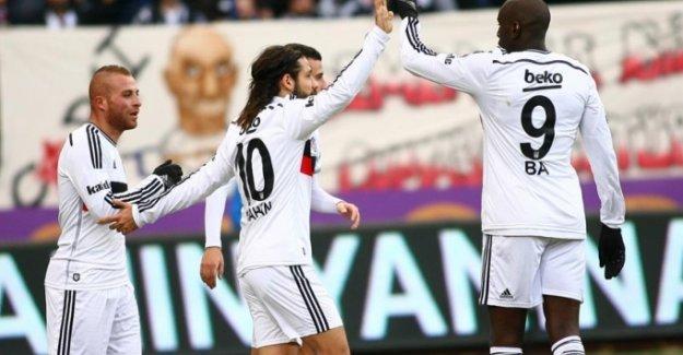 Beşiktaş Olcay ve Demba Ba ile hayat buldu