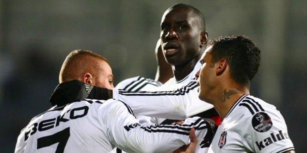 Beşiktaş Sivasspor'u Ankara'da yendi, zirveyi bırakmadı